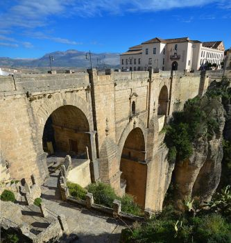 The Ronda Gorge by roodpa