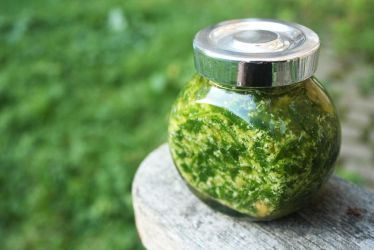 Rocket and Parmesan Pesto by Itti