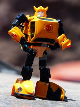 Masterpiece Bumblebee (Takara MP21 Bumble) by Stratolily