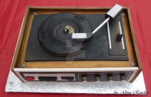 Record Player Cake by ginas-cakes