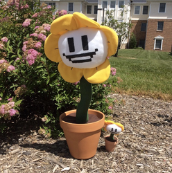 Giant Flowey Plush by FandomFactoryPlushes