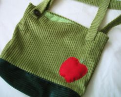 Apple tote bag by Snowberrylime