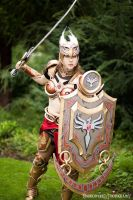Valkyrie Leona: I'M COMING RIGHT FOR YA by OshleyCosplay