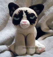 Grumpy Cat Crochet by arknypot