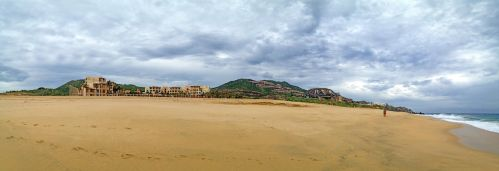 Beach at Cabo by satsui