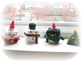 Felt Cubed Christmas Plushies by The-little-me