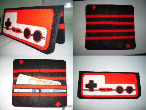 Famicom Controller Wallet by R-1