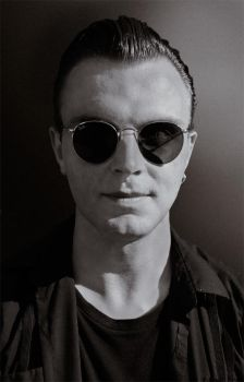Theo Hutchcraft by GIVEthemHORNS