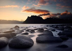 Rocky sunset by streamweb