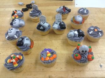Halloween Cupcake Decorations by sonic8246