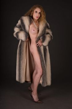 NUDE IN FUR by DIGITAL WILLY by ChristineBerl
