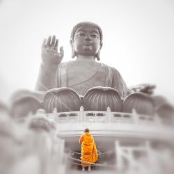 Visiting the Buddha by imladris517