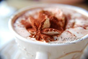 Hot chocolate with whipped cream by RowanLewgalon