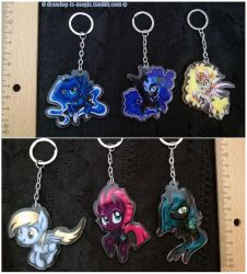 My little Pony Acrylic charms by Mana-Kyusai