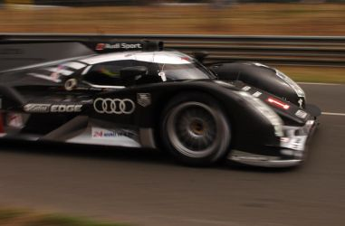 Audi R18  at Le Mans 2011 by DaveAyerstDavies