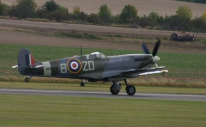 SPITFIRE mk9 MH 434 taking off by Sceptre63