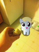 Have a muffin Derpy. by perrohambre