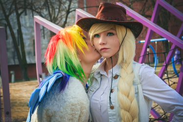 Applejack and Rainbow Dash cosplay by annemcosplay