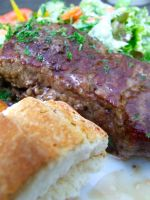Steak with Salad n Bread by PhilipCapet