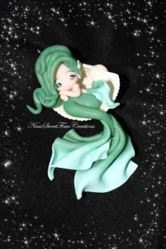sleeping mermaid by NinaFimoCreations