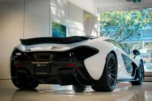 Mclaren P1 by SeanTheCarSpotter