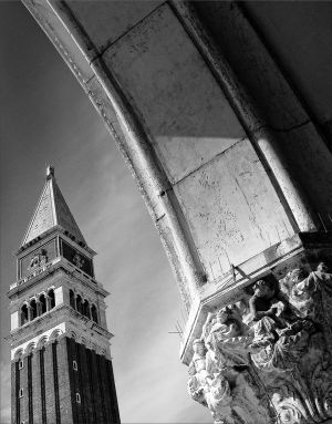 Piazza San Marco by EvaPolly