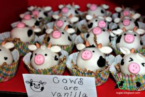 Cow Cake Balls by SugiAi