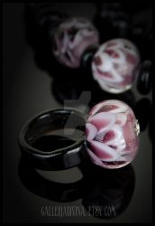 Black and white flower glass ring by Faeriedivine