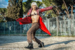 Dante Cosplay by Leon Chiro - Crazy About It DMC3 by LeonChiroCosplayArt