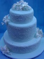 Brush Embroidery Wedding Cake by Verusca