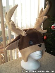 Reindeer Hat by Allyson-x