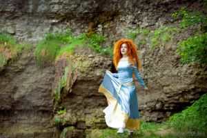 Merida, forest escape by shua-cosplay