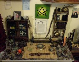 Wiccan Autumn Altar by DeadPeppermint