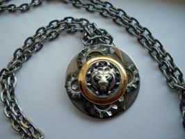 The Clockwork King Pendant by Sercive