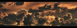 Stormy cloud by c1p0