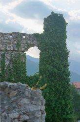 Mystras arch by michiexile