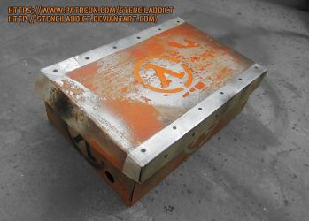 Half-Life Box by StencilAddict