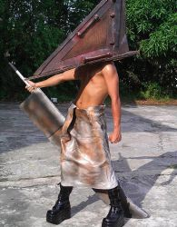 Pyramid Head by raidenokreuz76