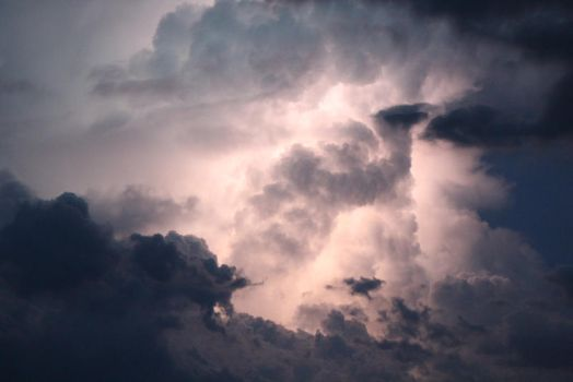 Flash in the clouds (4) by boundfighter