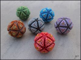 Great Balls of Beads by Ellygator