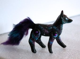 Galaxy Fox 1 by l-heure-du-the