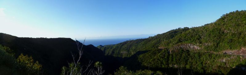 the sea from ravine a malheur by BKL974