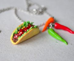 Taco Necklace by Madizzo