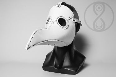White plague doctor mask by LahmatTea