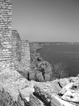 View from the wall BW by lapis-lazuri