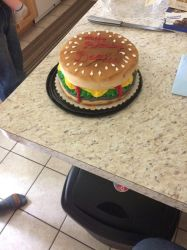cheeseburger cake by AuraLeighDragon
