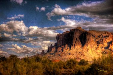 Superstition Mountains-4 by gemlenz