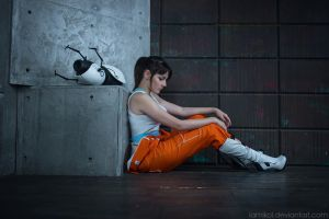 Portal 2 - Chell cosplay by lAmikol