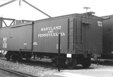 Ma and Pa Box Car 713 by PRR8157