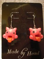 Pink La Earrings by twitchyone09